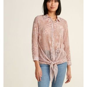MAX & MOI  Feather Print Knotted Shirt (NWT)